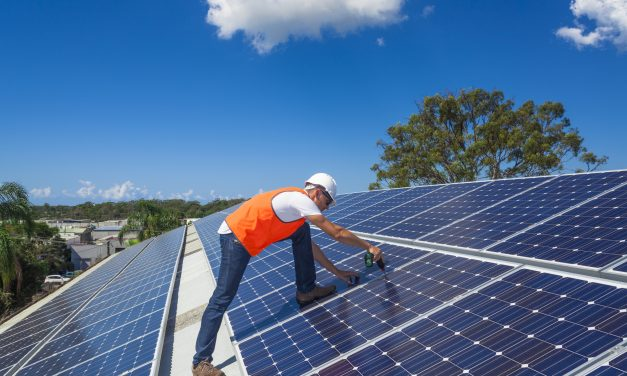 Tri-State Building Trades testify in favor of largest solar power facility in Midwest